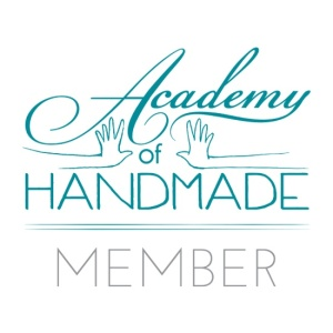 academy-of-handmade-member-badge-kja-canvas