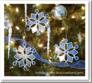 easy_to_make_christmas_ornaments_gluefinal