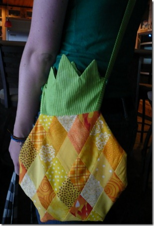 Pineapple Purse 13