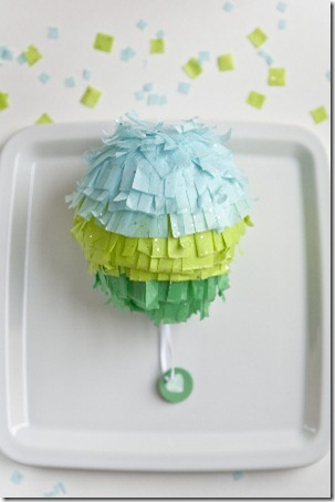 diy-mini-pinata-weddingfavors-17