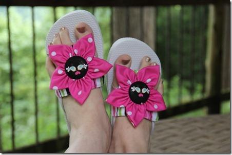 flip flops 27