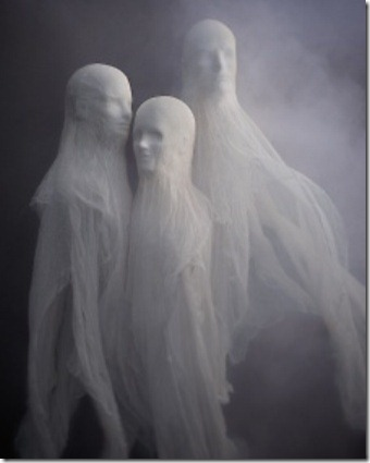 cloth-ghosts-phobias-1011mld107647_vert