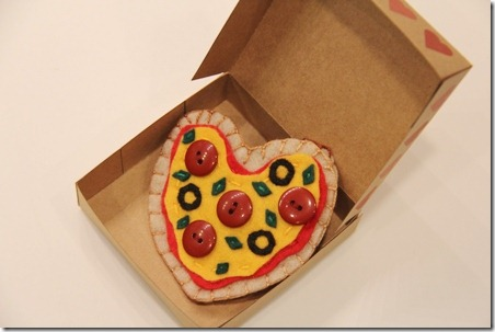 Pizza Box Valentine 13