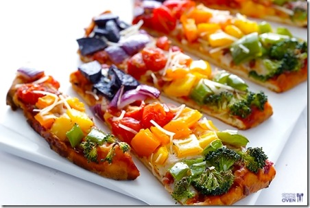 Rainbow-Veggie-Flatbread-Pizza-from Gimme Some Oven