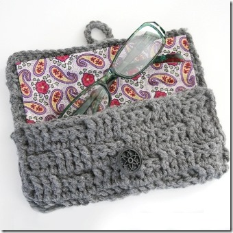 Crochet Eyeglasses Case by Dream a Little Bigger