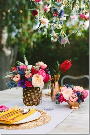Floral Tablescape by Sugar and Cloth