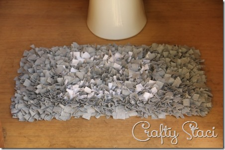 Knotted Knit Rug - Crafty Staci 1
