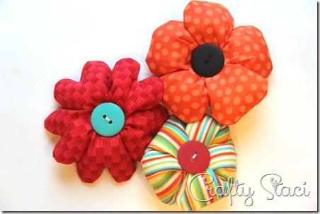 Puffy Fabric Flowers - Crafty Staci 1