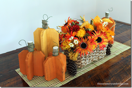 Reclaimed Wood Pumpkins by The Summery Umbrella