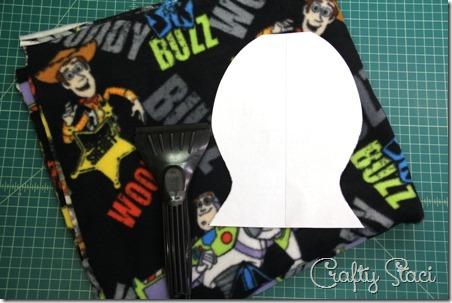http://craftystaci.files.wordpress.com/2015/01/ice-scraper-mitt-supplies-crafty-staci_thumb.jpg?w=452&h=303