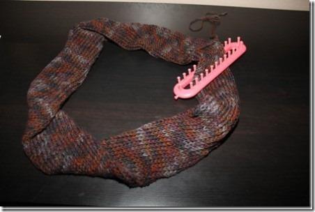 12 Knitting Loom Infinity Scarf