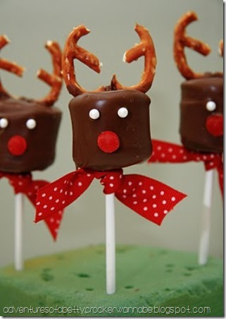 Chocolate Covered Marshmallow Reindeer from Betty Crocker Wannabe