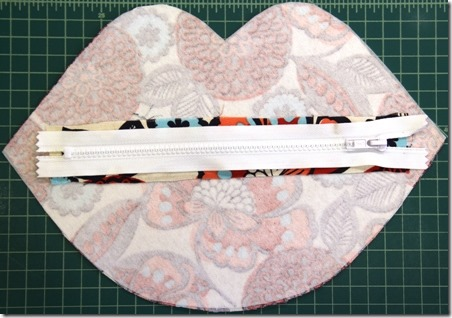 Zipper step one - Crafty Staci