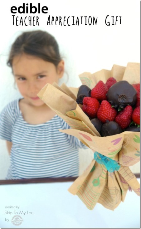 http://craftystaci.files.wordpress.com/2015/04/edible-chocolate-strawberry-bouquet-from-skip-to-my-lou.jpg?w=452&h=734