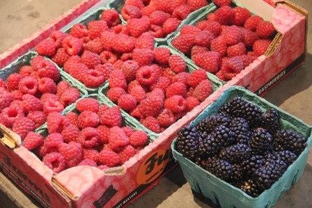 http://craftystaci.files.wordpress.com/2015/07/oregon-raspberries-and-blackberries_thumb.jpg?w=448&h=299