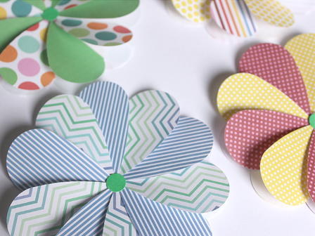 Easy Paper Flowers from White House Crafts