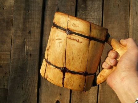 http://craftystaci.files.wordpress.com/2015/09/viking-beer-mug-from-bricobart-on-instructables.jpg?w=448&h=336