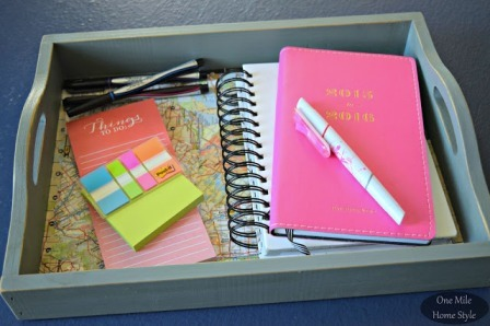 http://craftystaci.files.wordpress.com/2015/10/diy-portable-office-space-from-one-mile-home-style.jpg?w=448&h=298