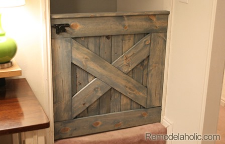 http://craftystaci.files.wordpress.com/2016/01/barn-door-baby-gate-from-remodelaholic.jpg?w=448&h=287