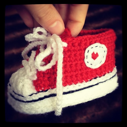 Crochet Baby Converse from Suzanne Resaul on Ravelry