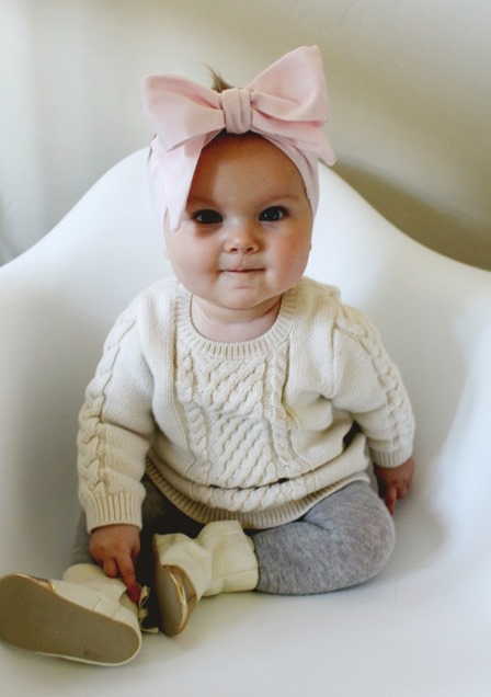 http://craftystaci.files.wordpress.com/2016/01/oversized-baby-bow-headwrap-from-a-joyful-riot.jpg?w=448&h=636