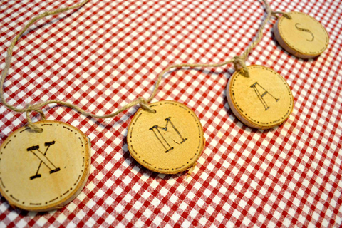 DIY XMAS Wood Slices